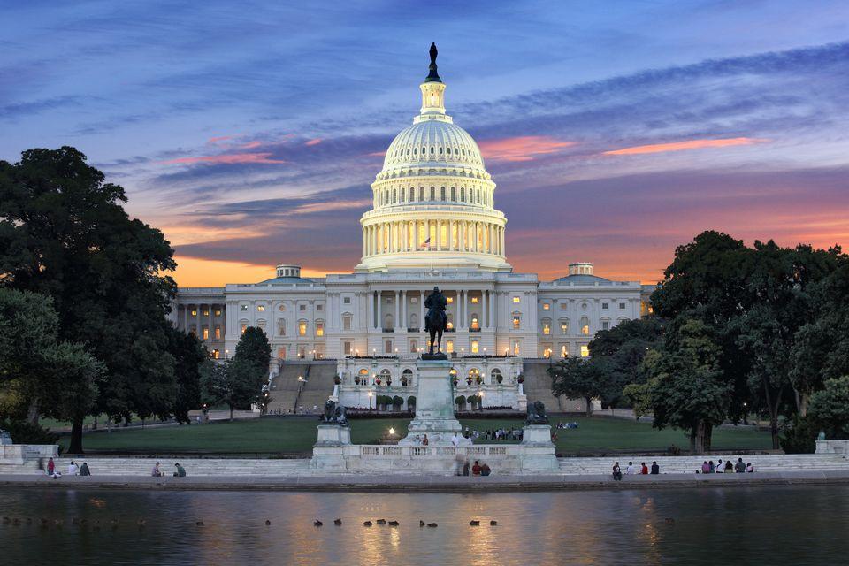 capitol-building-170402241-58ddb7bf5f9b58468374c174
