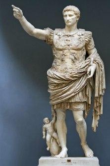 1200px-Statue-Augustus